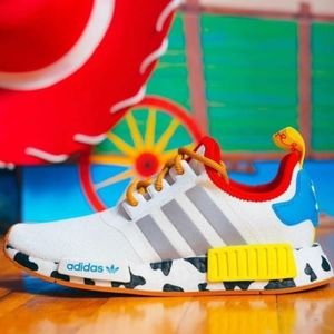 NWT adidas NMD_R1 TOY STORY WOODY SHOES